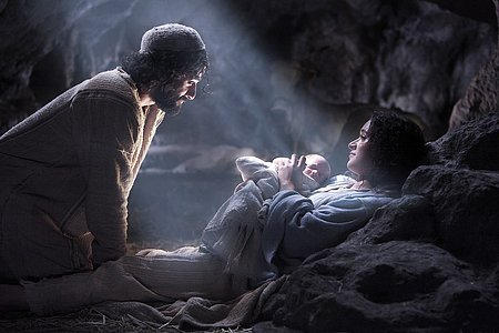 The.Nativity.Story_screen2
